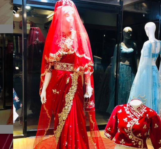 rays boutique offers good bridal collections